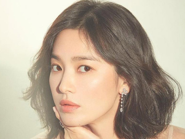 Rayakan Hangul Day, Song Hye Kyo Kembali Donasikan 10 Ribu Buku