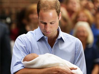 Pangeran William Akui George Sangat Tampan dan Senang Bersuara