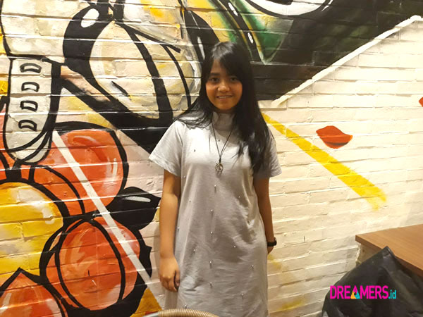 Hanin Dhiya Cerita Tentang Single Terbaru dan Tips Jaga Suara Lembutnya