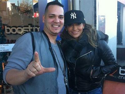 Syuting Video Musik Baru, Jennifer Lopez Ajak Tetangga dan Kerabatnya!