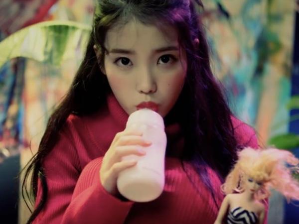 Resmi Comeback, IU Berada di Dunia Alice in Wonderland di MV 'Twenty-three'