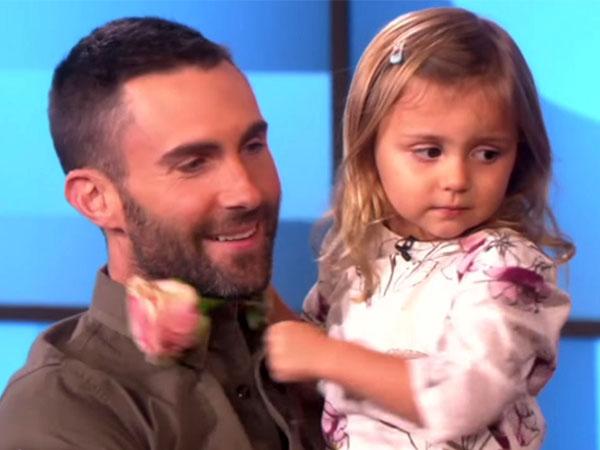 Lucunya, Gadis Kecil Ini Menangis Saat Tahu Adam Levine Sudah Menikah