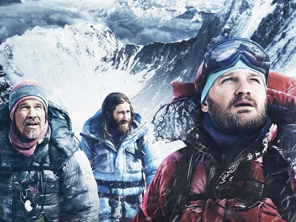 Everest : Mimpi dan Kontroversi di Puncak Tertinggi Dunia