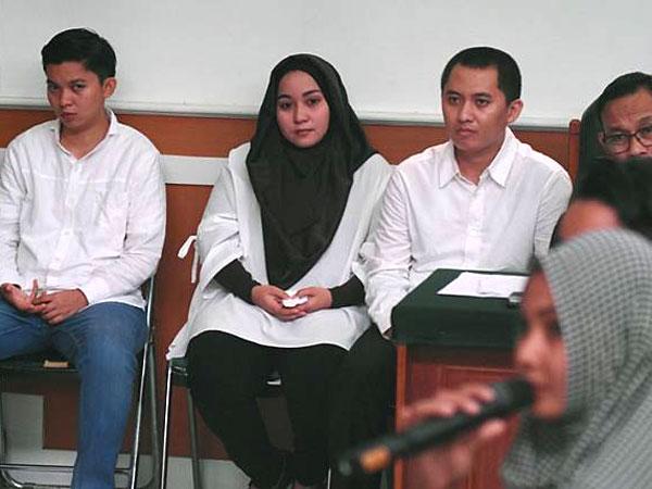 Dana Jemaah First Travel Ternyata Digunakan untuk Biaya Bayi Tabung Kekasih Sesama Jenis Terdakwa