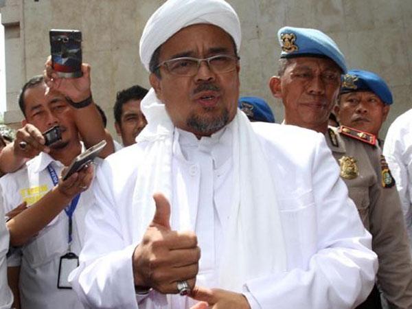 Penilaian Dua Pihak Soal Habib Rizieq 'Tak Bernyali' untuk Pulang ke Indonesia: Malu Dong!