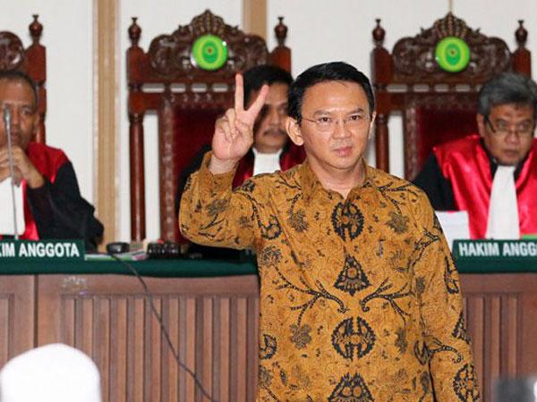 Timbulkan Perdebatan Panjang, Kuasa Hukum Ahok Pastikan Bukti Telepon SBY-Ma'ruf Amin Legal