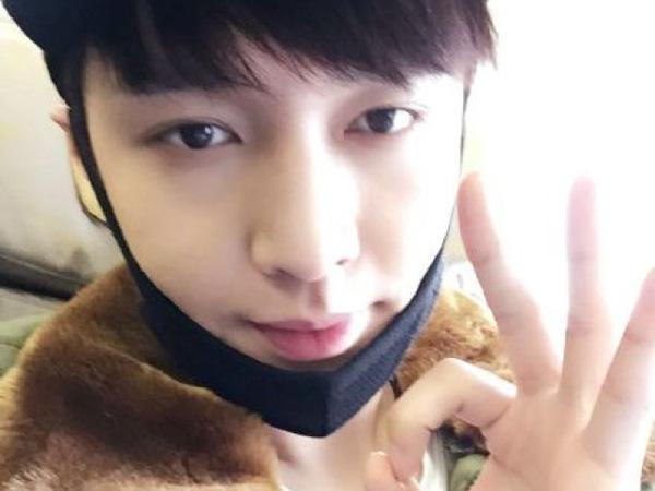 Sakit, Lay EXO Hentikan Kekhawatiran Fans Lewat Media Sosial