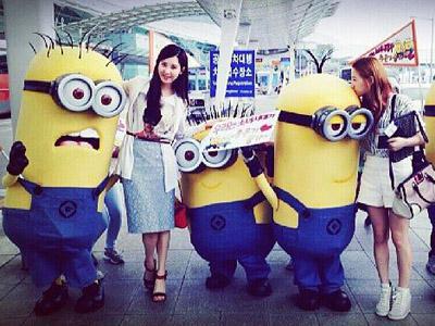 Wah, Taeyeon dan Seohyun SNSD ke Taiwan dengan Diantar Para Minion!