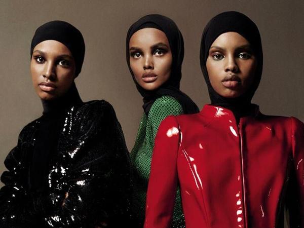 Pertama Kali, Tiga Hijabers Jadi Model Sampul Majalah Vogue