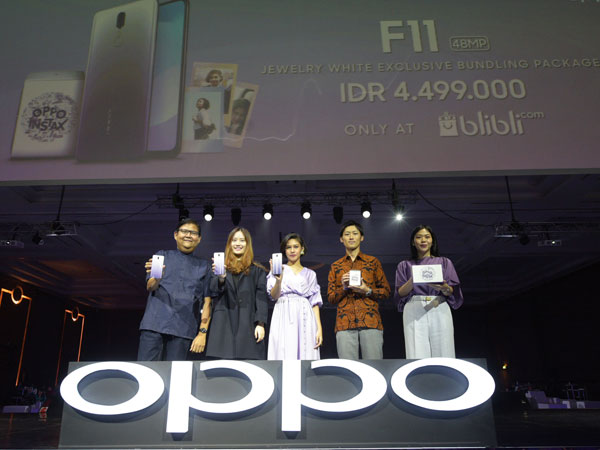 Kolaborasi Oppo dan Instax, Hadirkan Paket Bundling Spesial F11 Jewelry White di Bulan Ramadhan