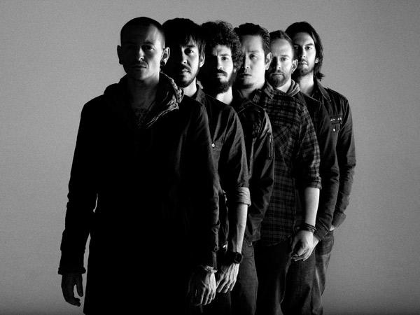 Penjualan Album dan Lagu Linkin Park Melonjak Setelah Chester Tutup Usia