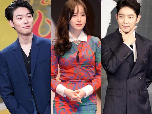 Beda Agensi, Para Selebritis Korea Ini Terlihat Menikmati Konser EXO!