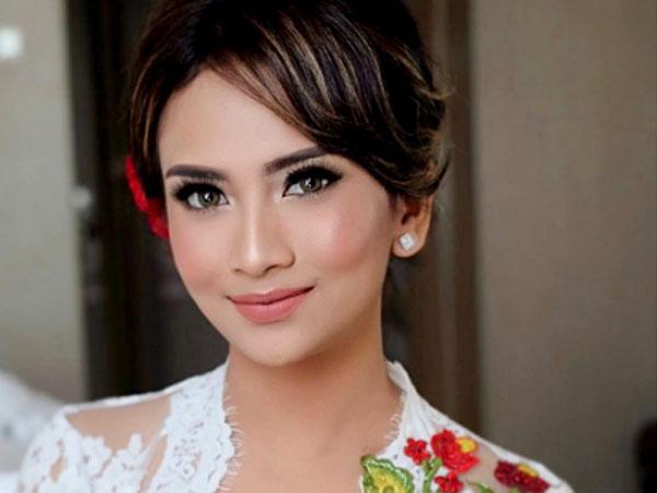 Putus dari Cucu Soekarno, Vanessa Angel Pamer Jalan Sama Bule Tampan