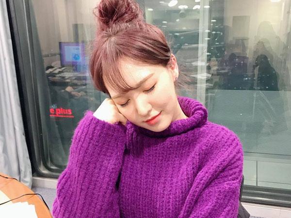 Wendy Red Velvet Hadiahi Fans dengan Cover Manis Lagu IU 'Through the Night'