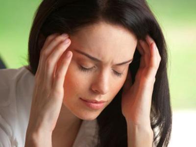 Apa Penyebab Sakit Kepala Saat Puasa?