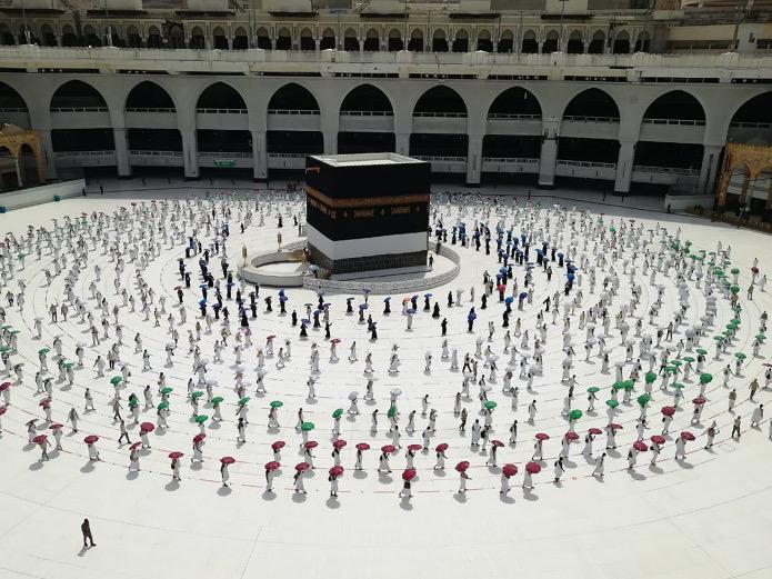 Potret Ibadah Haji di Tengah Pandemi dengan Penerapan Jarak Sosial