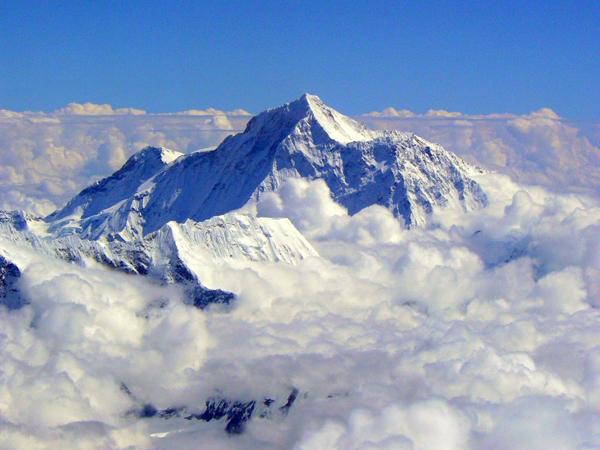 Gempa Dahsyat Nepal Ternyata Buat Gunung Everest Bergeser!