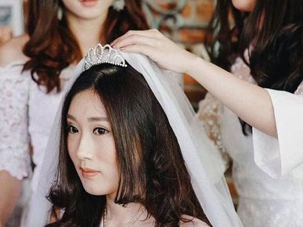 Keluarga Pasangan 'Crazy Rich Surabayan' Klarifikasi Perihal Budget Pernikahan dan Tamu Undangan