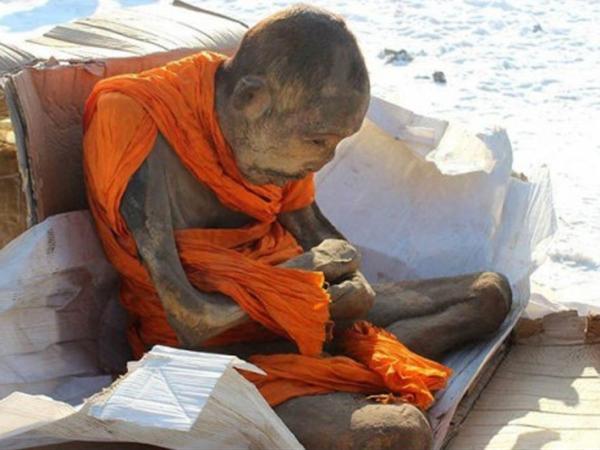 Disangka Mumi, Biksu Berusia 200 Tahun Ini Diklaim Hanya Sedang Meditasi?