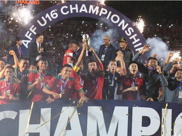 Sempat Menolak, Kemenpora Janjikan Bantu Dana di Kemenangan Timnas U-16 di Piala AFF!
