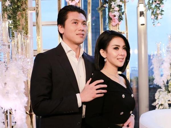 Tepati Janji Kenalkan Reino sebagai Suami, Syahrini Tegaskan Tak Rebut Suami Orang