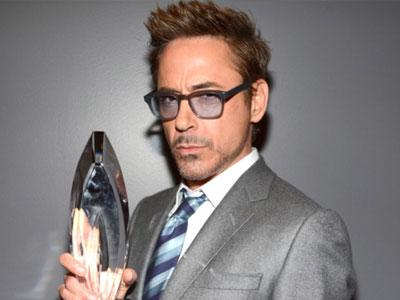 Robert Downey Jr. Dikonfirmasi Tampil Dalam Avengers 2