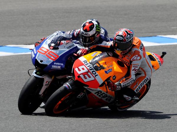 Insiden di Sirkuit Sepang, Valentino Rossi: Aku Tidak Menendang Marc Marquez