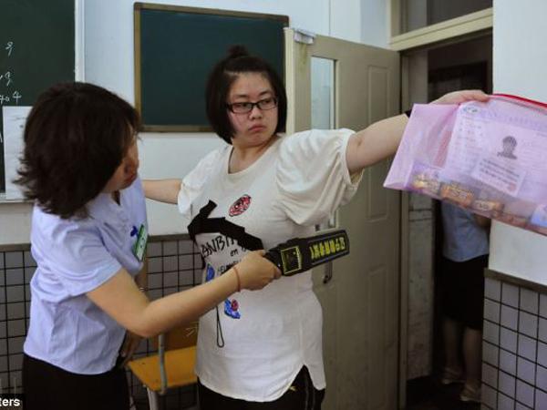 Siswa Makin Canggih dalam Mencontek, Hukuman Penjara 7 Tahun Menanti