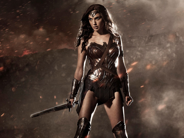 Video Perdana 'Wonder Woman' Buktikan Kekuatan Super Hero Wanita Ikonik Dunia