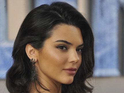 Pembelaan Kendall Jenner Setelah Buat Tersinggung Para Sesama Rekan Model