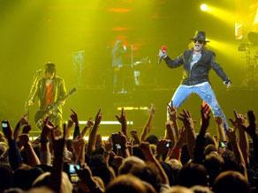 Guns n Roses Buat Penonton Riuh karena Lagu Sweet Child O' Mine