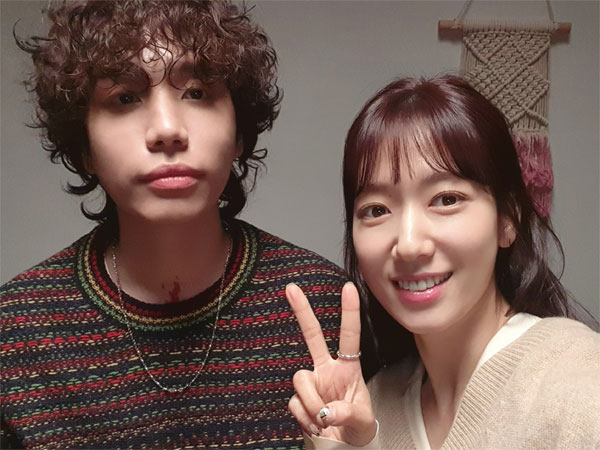 Dibintangi Park Shin Hye, Dvwn Rilis Teaser MV Perdana di Bawah BigHit Labels