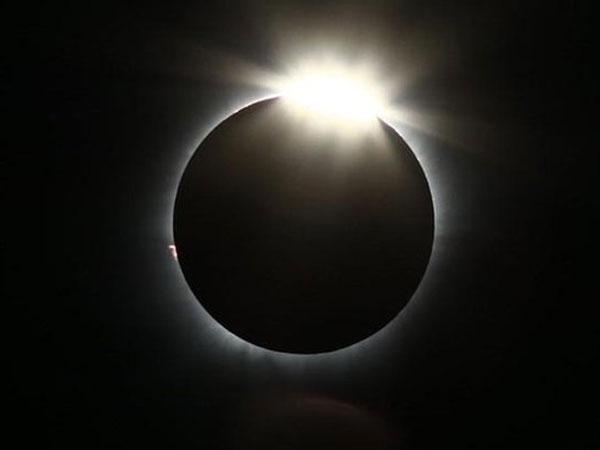 Apa Sih Gerhana Matahari Cincin Yang Akan Hiasi Langit Indonesia 26 Desember 2019 Nanti?