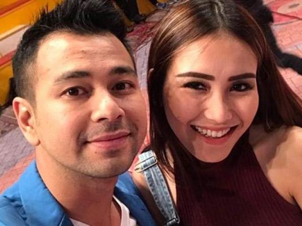 'Salah Fokus' Netizen di Aksi Duet Raffi Ahmad-Ayu Ting Ting yang Kembali Bikin Heboh
