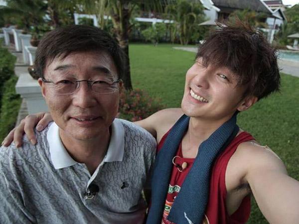 Nama Roy Kim Langsung Dihapus dari Data Keluarga Usai Terlibat Kasus Jung Joon Young?