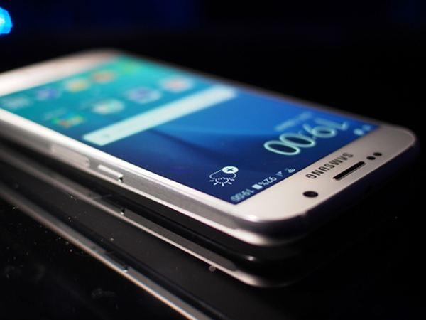 Dari Slot microSD Hingga Ukuran Baru, Ini Rumor Terbaru Samsung GALAXY S7
