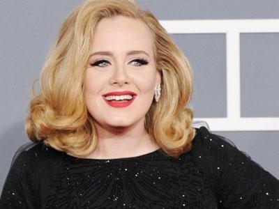 Akhirnya Adele dan Sang Anak Tampil Perdana di Depan Publik