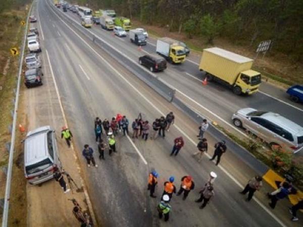 Yang Dilakukan Menhub Terkait Masalah Seringnya Terjadi Kecelakaan di Ruas Tol