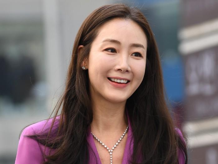 Congrats, Choi Ji Woo Lahirkan Anak Pertamanya