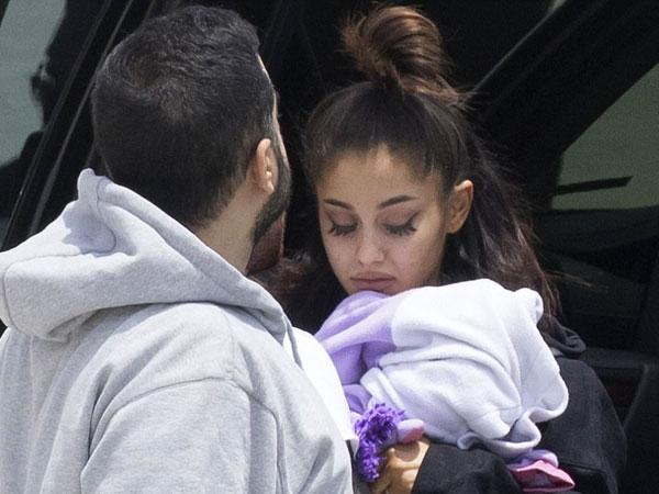 Penampilan Perdana Ariana Grande Usai Serangan Bom di Konsernya