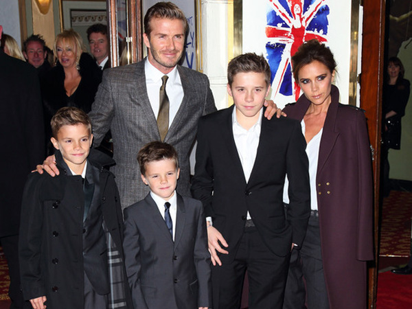 Wow, Keluarga David & Victoria Beckham Terpilih Jadi Keluarga Termodis Di Dunia!