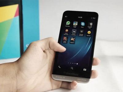 BlackBerry Z30 Akhirnya di Tolong Operator Terbesar Kanada