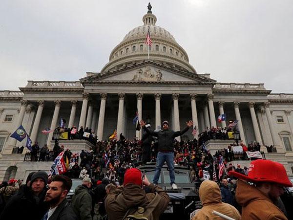4 Orang Dilaporkan Tewas dalam Aksi Demo Pendukung Trump di Capitol Hill