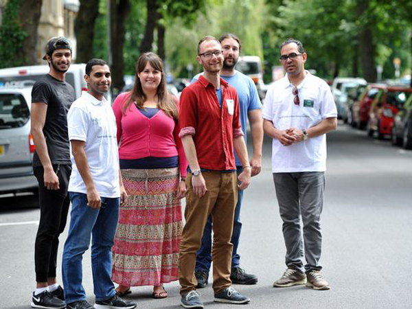 Niat Beramal, Tiga Guru di Inggris Ikut Berpuasa Bersama Siswa Muslimnya