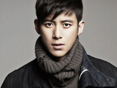 Go Soo Kembali Bermain Drama Dalam  'Empire of Gold'