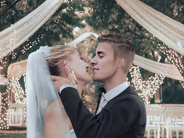 Tidak Lagi Dirahasiakan, Hailey Bieber Bagikan Foto Gaun Pernikahannya Lewat Instagram