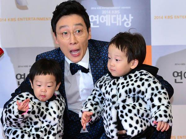 Lee Hwi Jae Ingin Masukan Putra Kembarnya Ke Salah Satu Dari 3 Agensi Besar, Mana yang Dipilih?