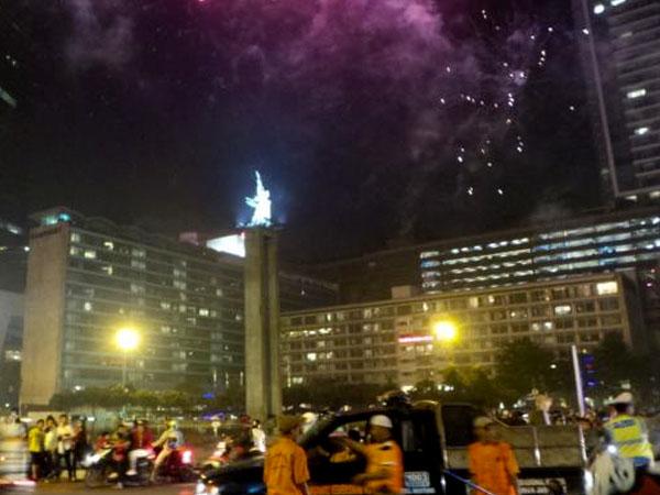 Tawuran dan Kebakaran Warnai Malam Takbiran di Jakarta