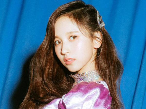 Kejutkan Fans dengan Muncul di Acara Fanmeeting, Mina TWICE Siap Aktif Lagi?