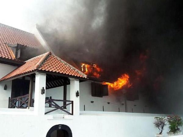 Museum Bahari Masih Terbakar dan Api Membesar, Begini Respon Gubernur Anies